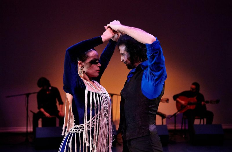 Tientos, Flamenco Vivo (2015 Winter Tour)
